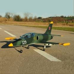 SebArt Mini Albatros L-39 90mm Jet 1,21m ARF (Military)