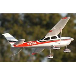 Sky Flight Hobby Cessna 182 1400mm Trainer RTF UPGRADE (radio / batterie / chargeur)